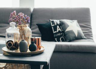 4 inspirações para decorar sua mesa de centro com estilo
