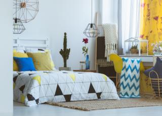 Inspire-se no estilo folk para a decoração do quarto