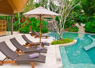 Decoração de piscina: saiba como deixar o espaço elegante