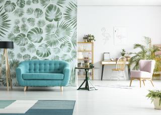 Personalidade para sala com papel de parede