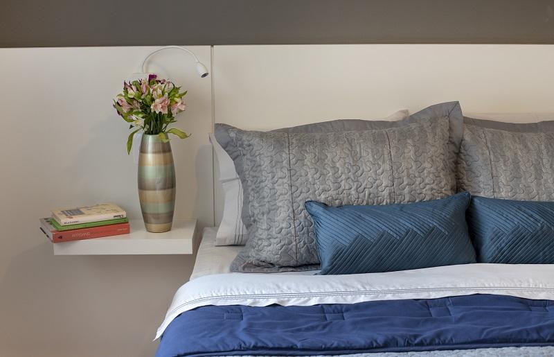 Como dormir no calor - congele a roupa de cama